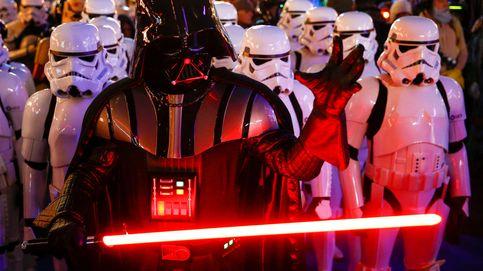 Disney lo ha hecho: prepara una espada láser de verdad como la de Star Wars