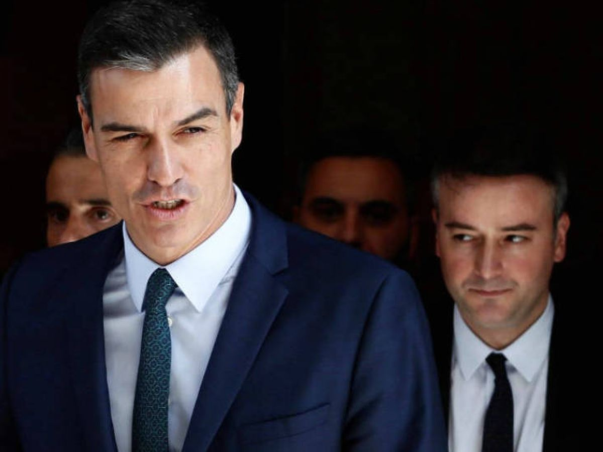Foto: El presidente Sánchez y su exjefe de gabinete, Iván Redondo. (EFE)