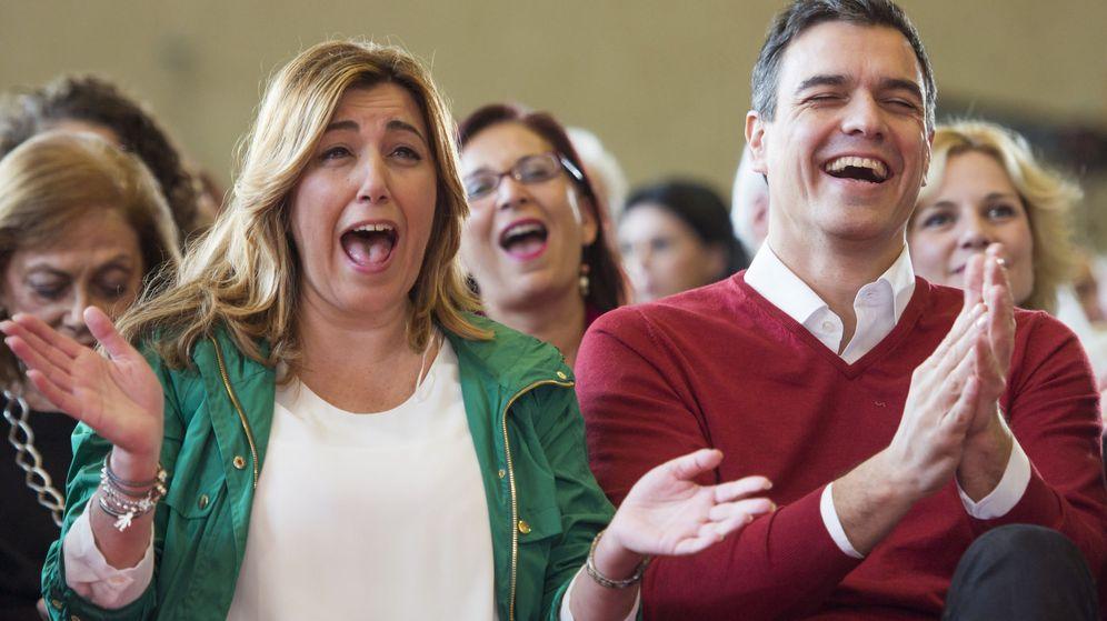 Foto: Susana Díaz y Pedro Sánchez en el mitin de Sevilla, este 12 de diciembre. (EFE)
