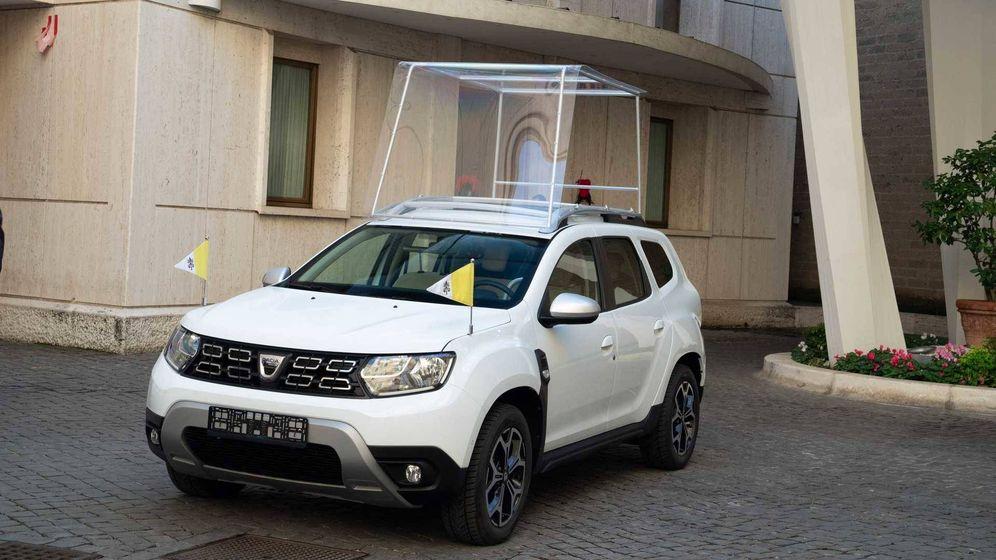 Foto: El Dacia Duster se convierte en el nuevo Papamóvil. (Dacia)