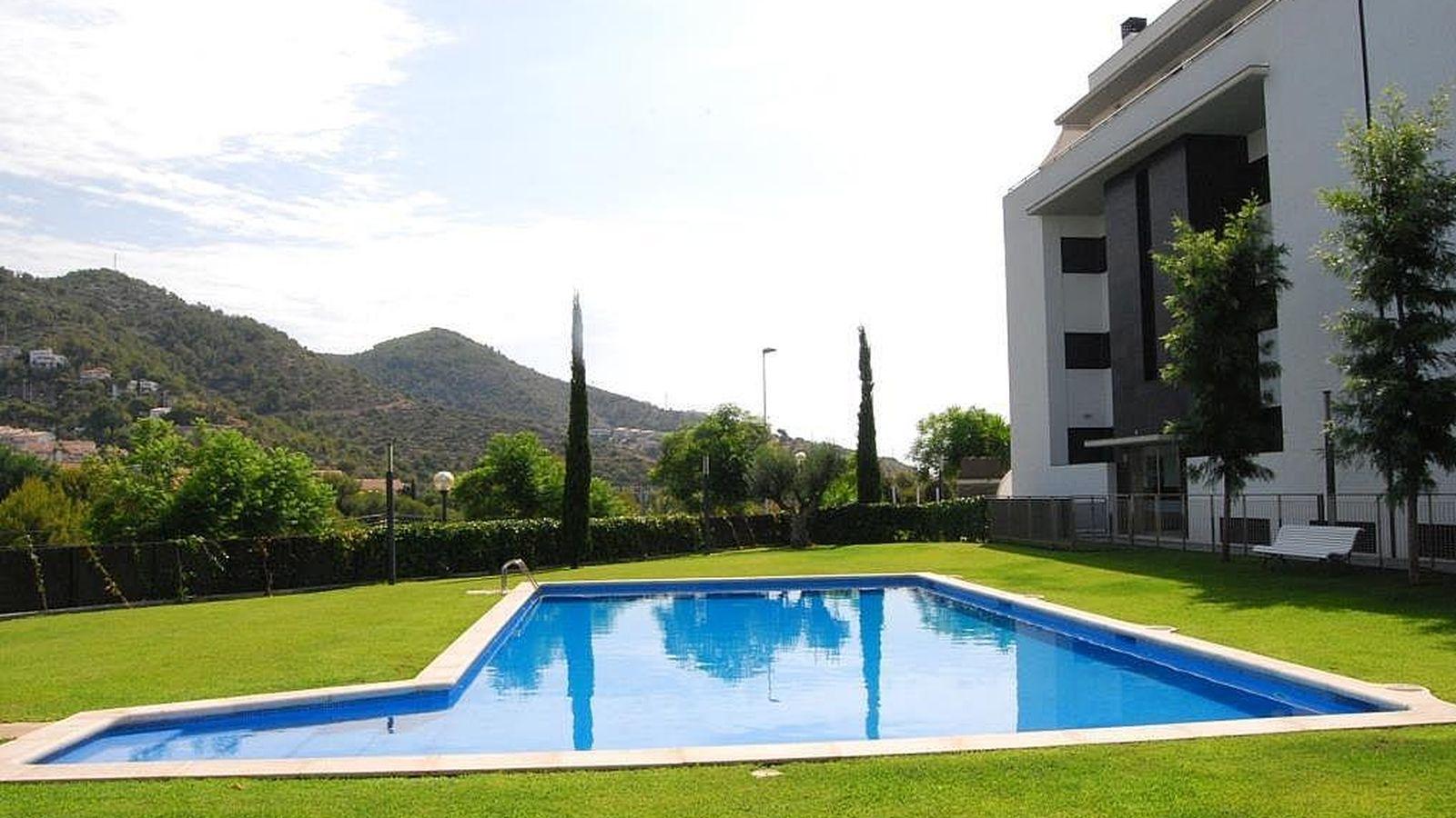 Vivienda vivo de alquiler en un piso con piscina y a los vecinos les molesta que traiga amigos - Pisos con piscina en barcelona alquiler ...