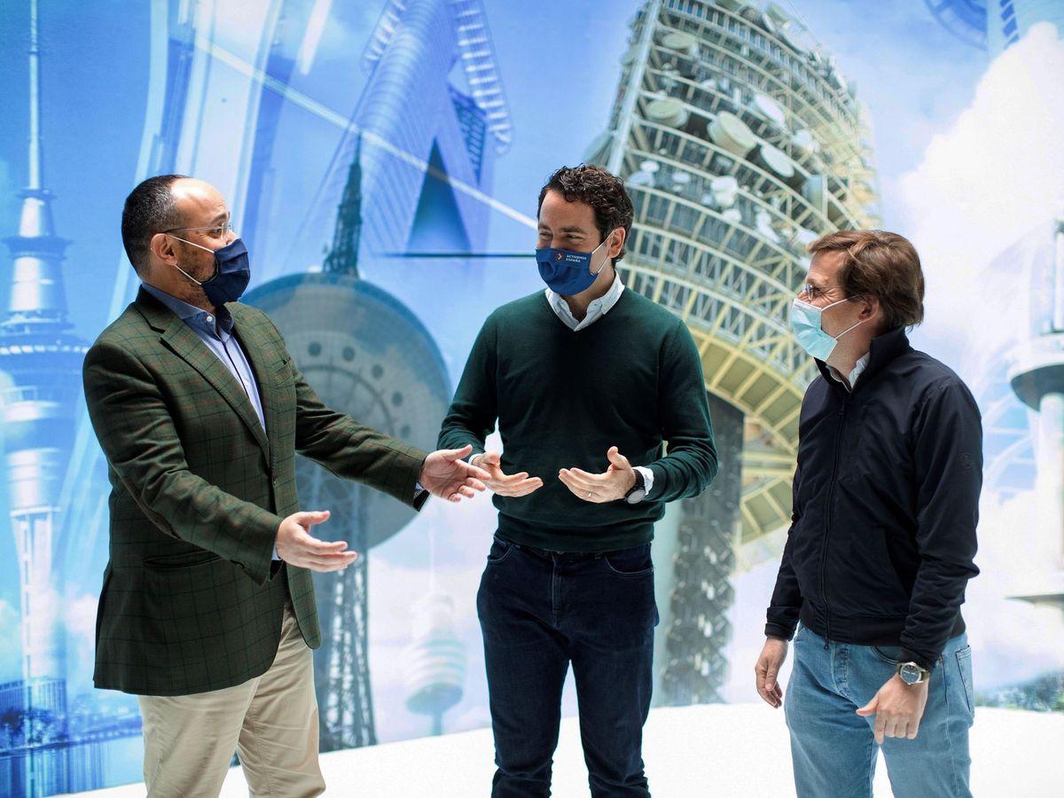 Foto: Alejandro Fernández, Teodoro García Egea y José Luis Martínez Almeida. (EFE)
