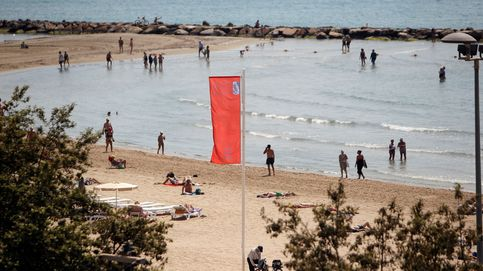 Una bañista sufre una rotura de tendón por la mordida de un pez en una playa de Elche