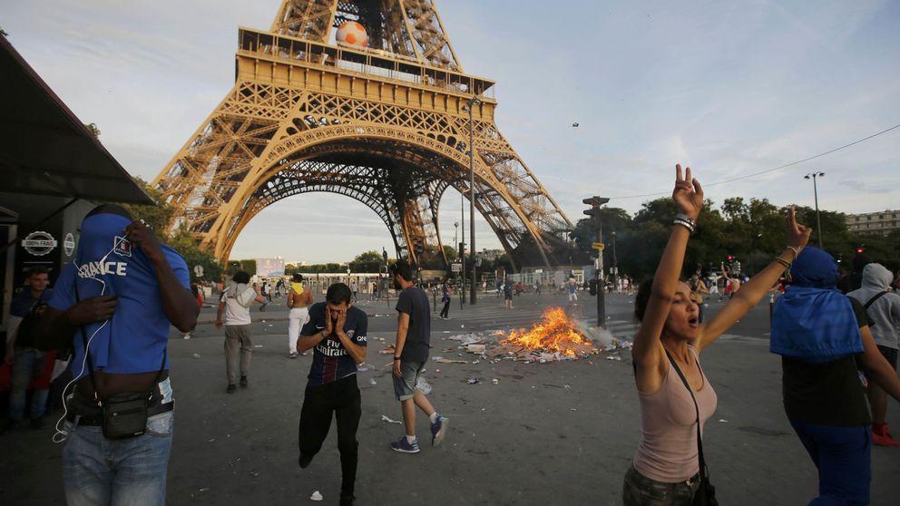 Disturbios en la 'fan zone' de la Torre Eiffel durante la final de la Eurocopa