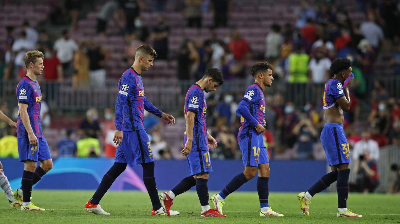 Los jugadores se marchan por el túnel de vestuarios. (Reuters)