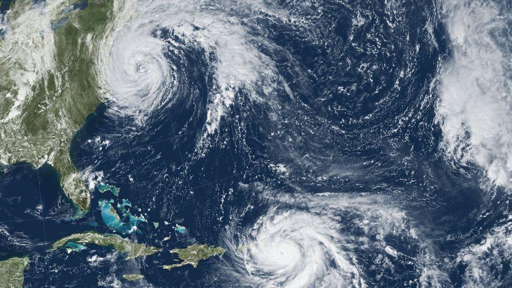 Foto: Fotografía de la NASA de los huracanes maría y josé cerca de la zona del Triángulo de las Bermudas. EFE