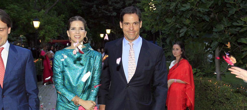 Foto: Luis Alfonbso y su esposa en una imagen de este verano (Gtres)