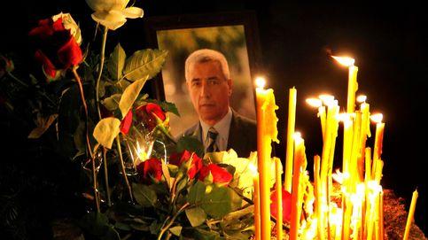 Velas tributo al líder de la minoría serbiokosovar asesinado