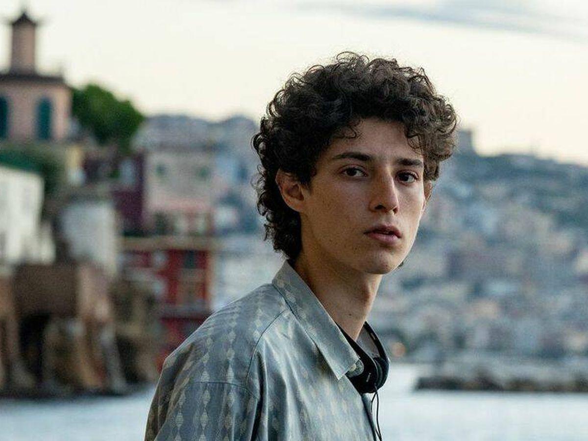 Foto: Filippo Scotti en una imagen de 'La mano de Dios'. (Netflix)