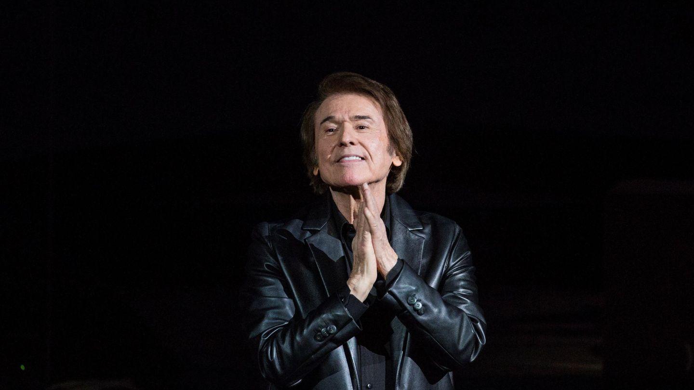 Raphael en un concierto en Moscú. (EFE)