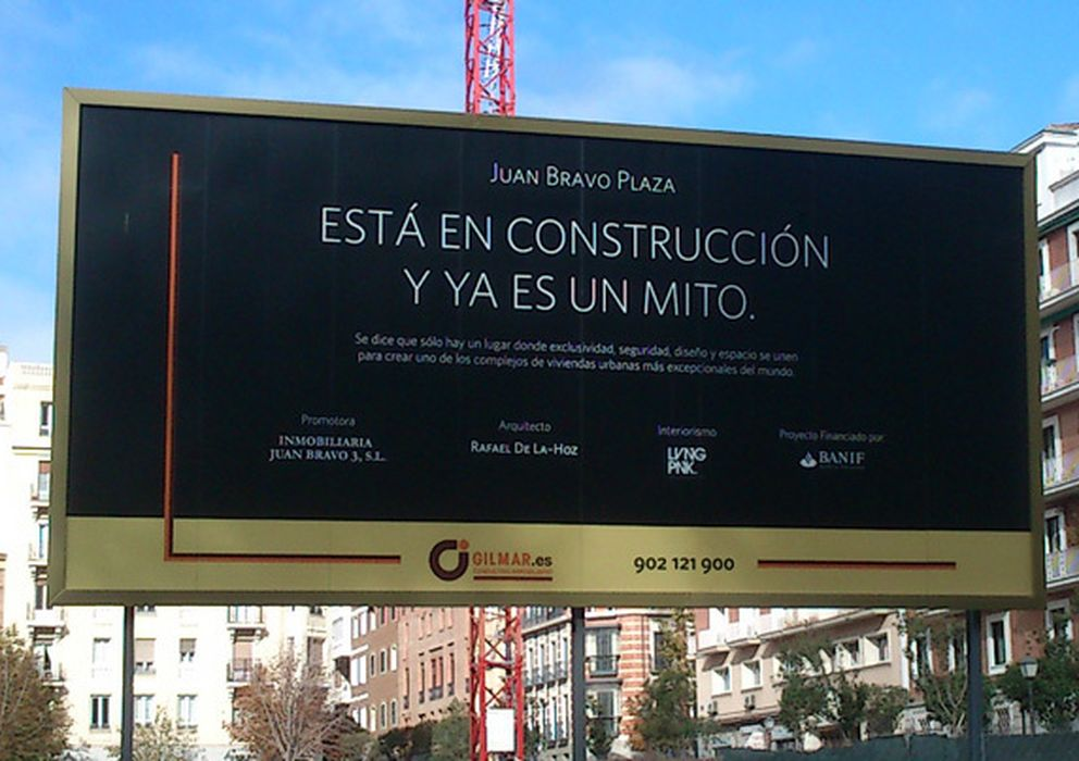 Foto: Imagen del cartel que aparecía en Juan Bravo Plaza (I.C.)