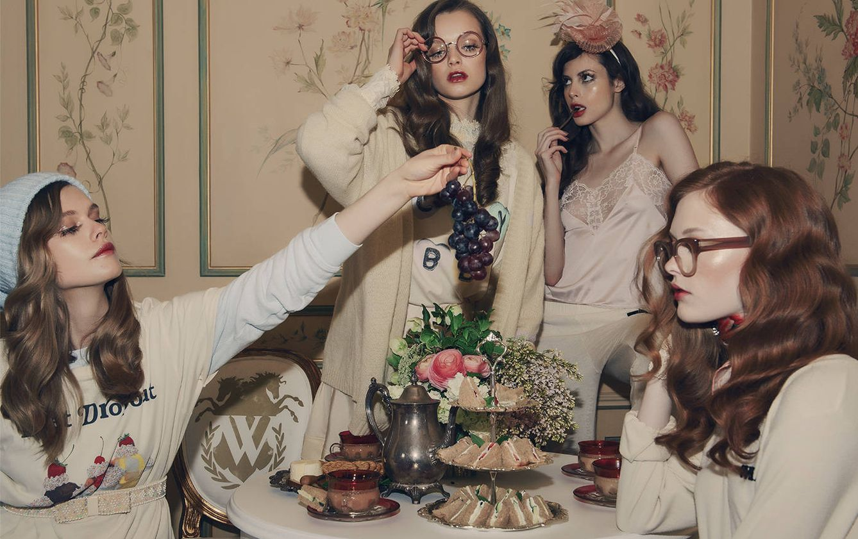Foto: Comer en grupo o hacerlo frente a la televisión hará que consumas más comida (Wildfox)