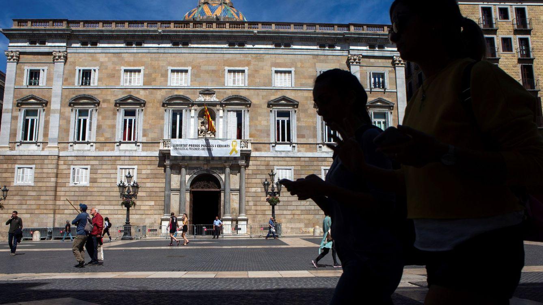 La Guardia Civil entra en la Generalitat y en Exteriores en busca de datos del 1-O