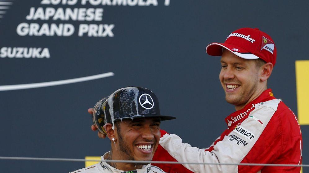 Foto: Hamilton y Vettel en el podio del GP de Japón (Reuters).