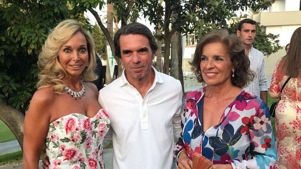 Raquel Bernal quita protagonismo a Aznar en la gala del cáncer de Marbella