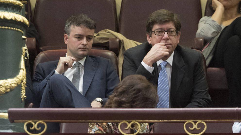Sánchez elige al estratega Iván Redondo como su mano derecha en Moncloa