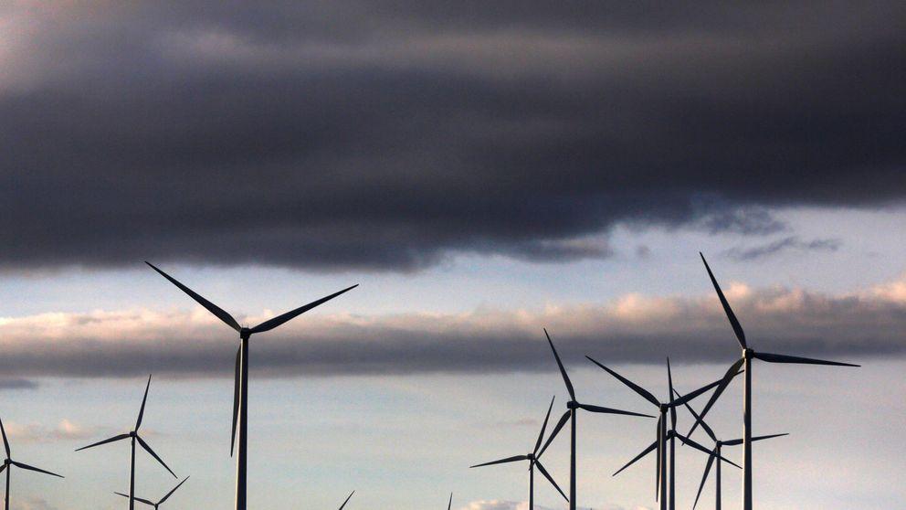 Oaktree vende la firma de renovables Eolia por 1.400 M al fondo canadiense AIMCo