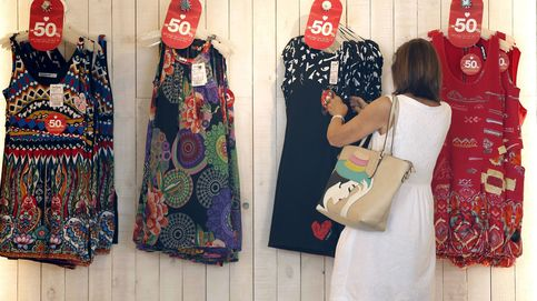 La moda rápida esta llenando los contenedores de residuos textiles