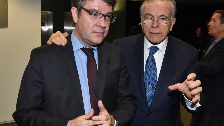 El ministro de Energía, Álvaro Nadal, junto con el presidente de Gas Natural, Isidre Fainé. (Fuente: Fundación Bancaria La Caixa)