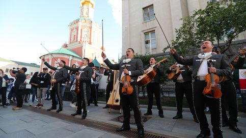 La música clásica 'toma' la plaza roja de Moscú en una gala previa a la inauguración del mundial de fútbol