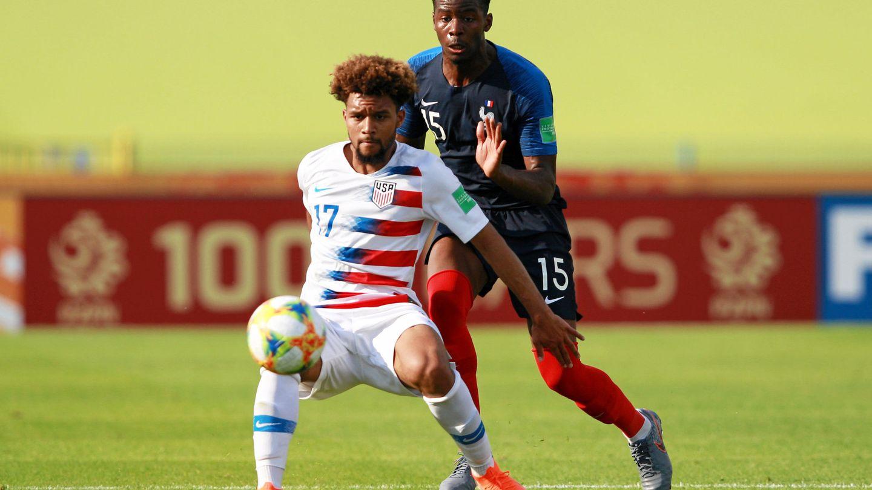 Konrad en un partido con su selección frente a Francia. (Reuters)