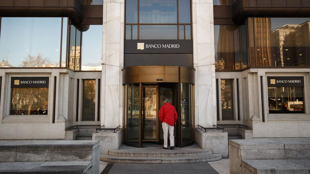 Foto: Entrada a la sede central del Banco de Madrid. (Reuters)