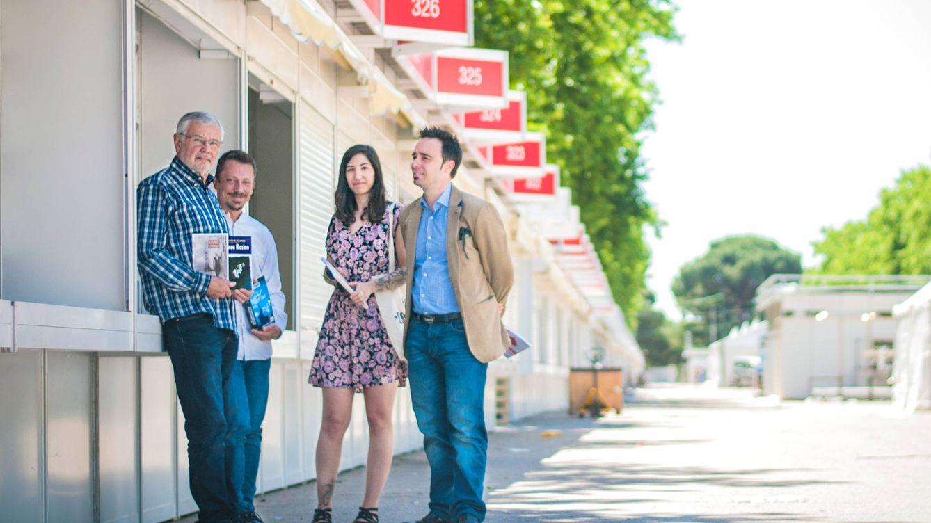 Foto: Directores de tres de las editoriales que no podrán acudir este año a la Feria del Libro de Madrid. (Carmen Castellón)