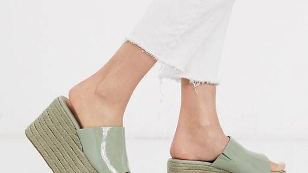 Vuelven las sandalias de plataforma de los 90 y las de Asos nos fascinan