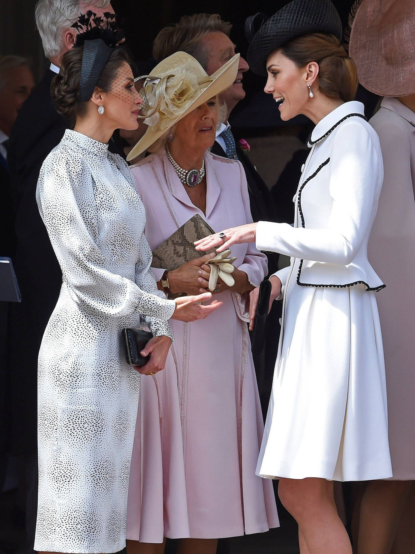La reina Letizia, la duquesa de Cornualles y Kate Middleton, en Londres en 2019. (Limited Pictures)
