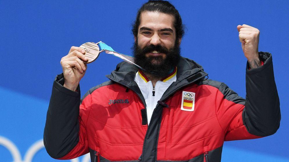 Foto: Regino Hernández, tras alzarse con la Medalla de Bronce (Reuters).