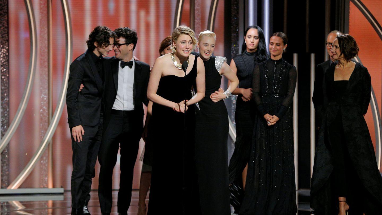 Greta Gerwig agradece el Globo de Oro a Mejor comedia. (NBC)