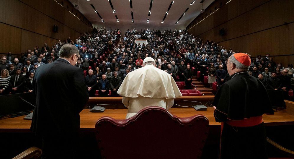 Foto: El Papa, durante una visita a la Pontificia Universidad Lateranense, en Roma. (Reuters)