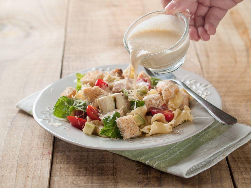 Foto: Algunas salsas aportan más calorías de lo que pensamos. (iStock)
