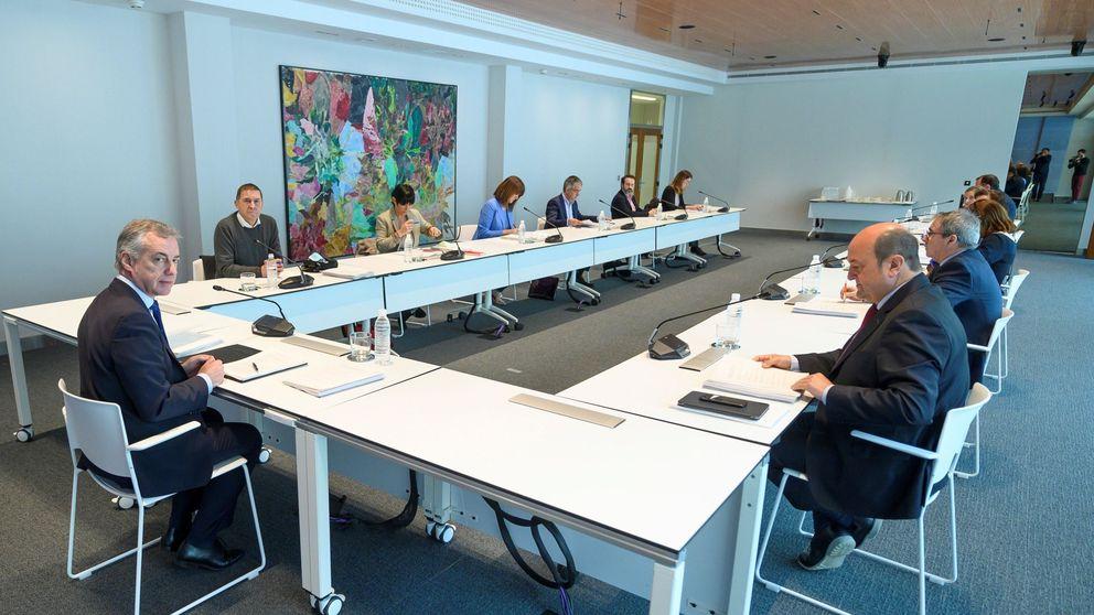El plan de Urkullu para votar en julio: franjas horarias, EPIs en colegios y reordenar mesas
