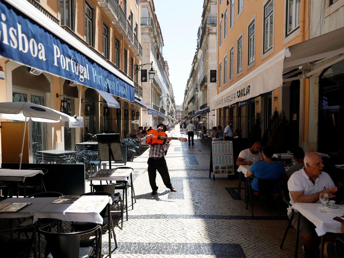 Foto: Calles en Lisboa, este 23 de junio. (Reuters)