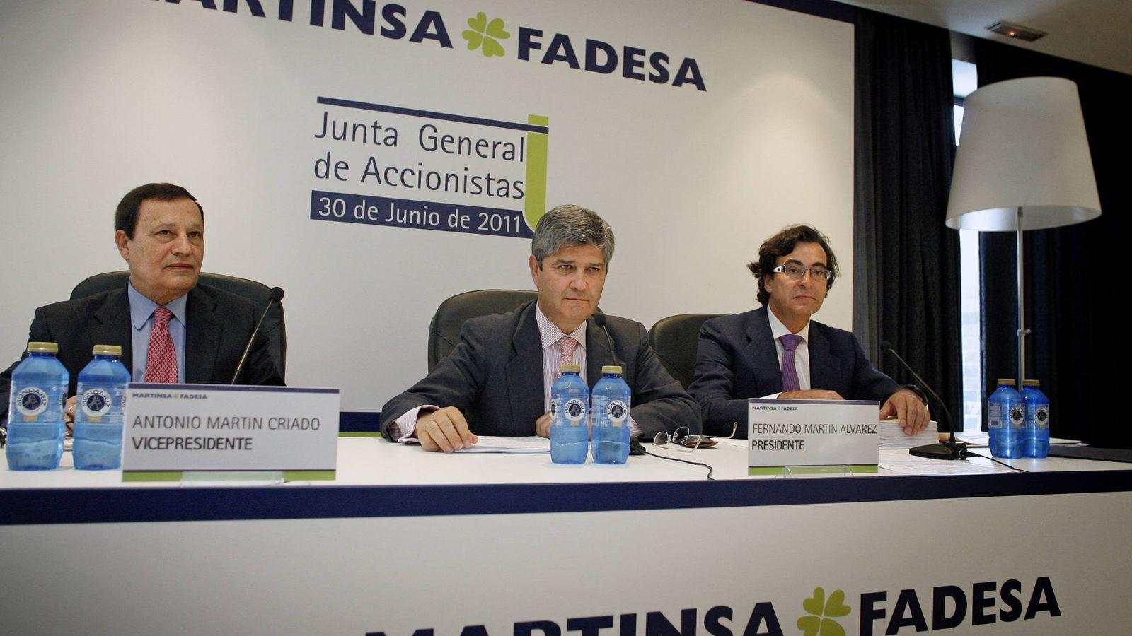 Foto: Fernando Martín, en el centro, antes de la caída de Martinsa-Fadesa. (EFE)