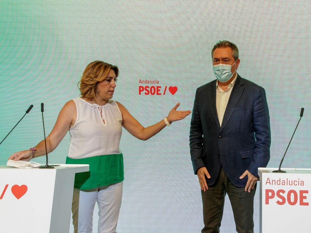 Foto: Susana Díaz y Juan Espadas, durante una conferencia de prensa en Sevilla. (EFE)