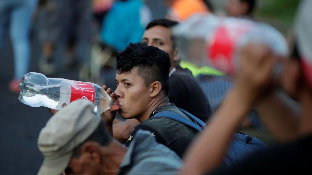 Foto: Beber agua es fundamental para manterner el cuerpo hidratado (Reuters/Ueslei Marcelino)