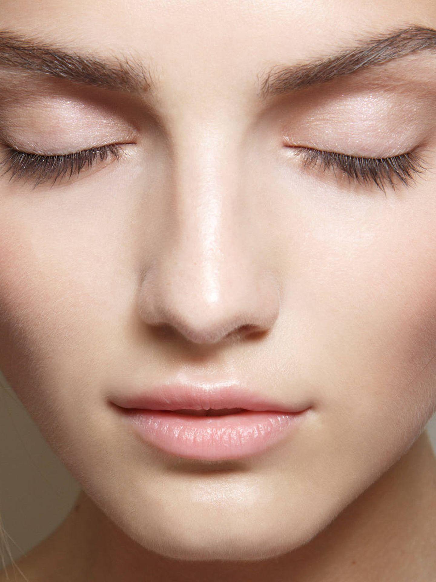 Entre los ingredientes del año no pueden faltar aquellos que retengan el agua en la piel. (Imaxtree)