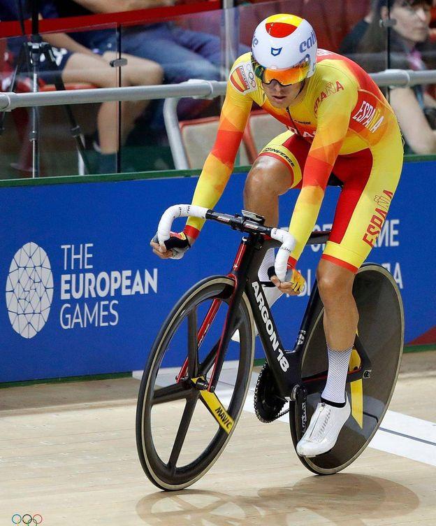 Foto: Óscar Pelegrí, con la Selección durante los Europeos de Apeldoorn. (RFEC)