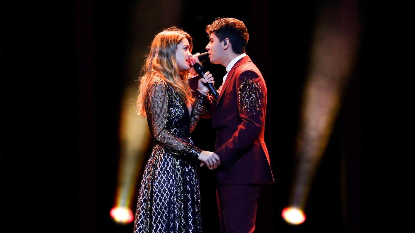 Foto: Alfred y Amaia en Eurovisión. (TVE)