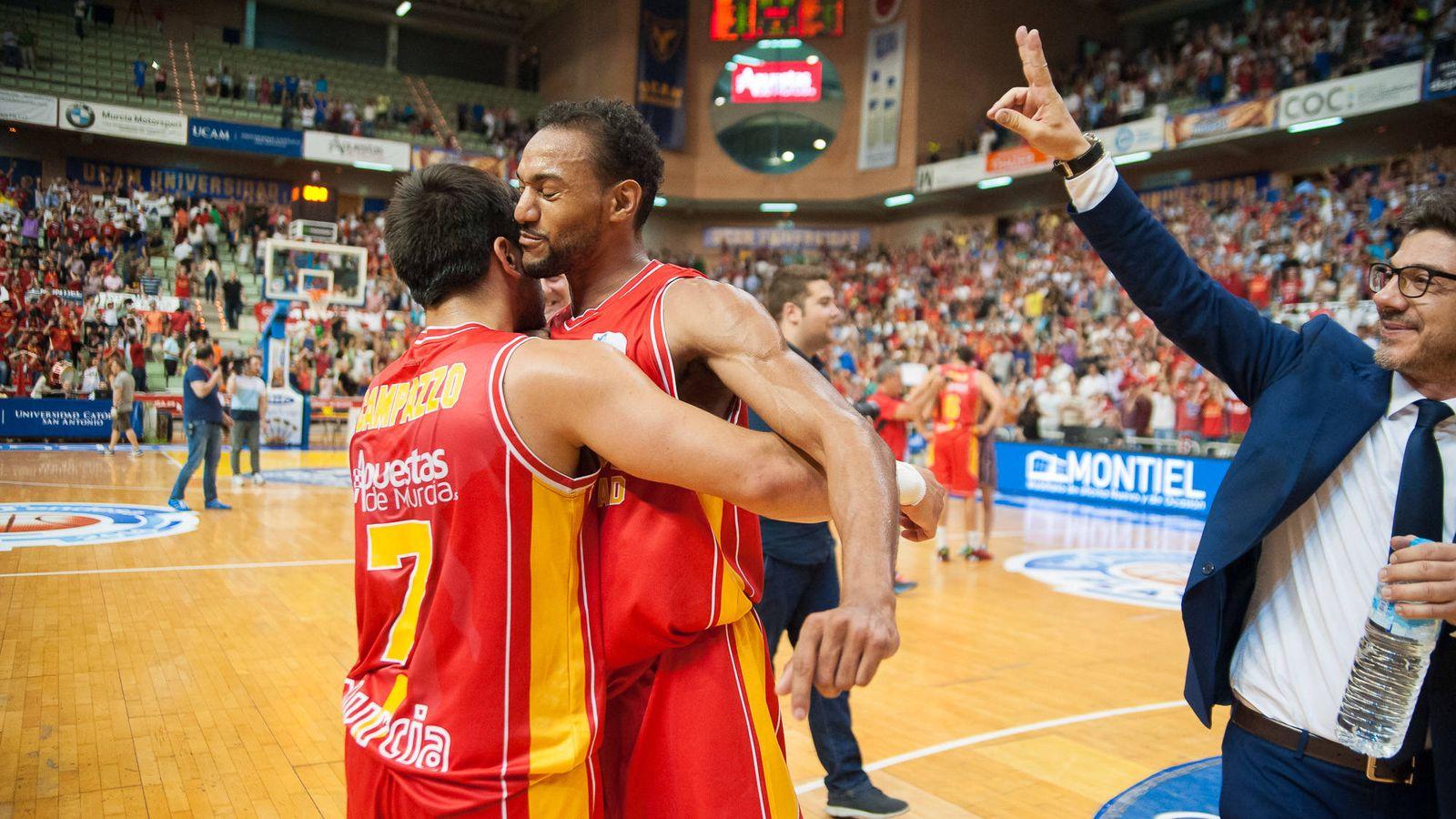 Foto: El UCAM consiguió la primera victoria en 'playoffs' de su historia (J. Bernal/ACB Photo)