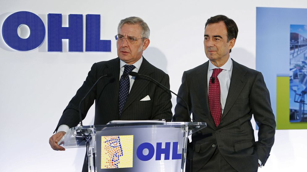 Foto: El presidente de OHL, Juan Villar-Mir de Fuentes (d), y el exconsejero delegado Tomás García Madrid. (EFE)
