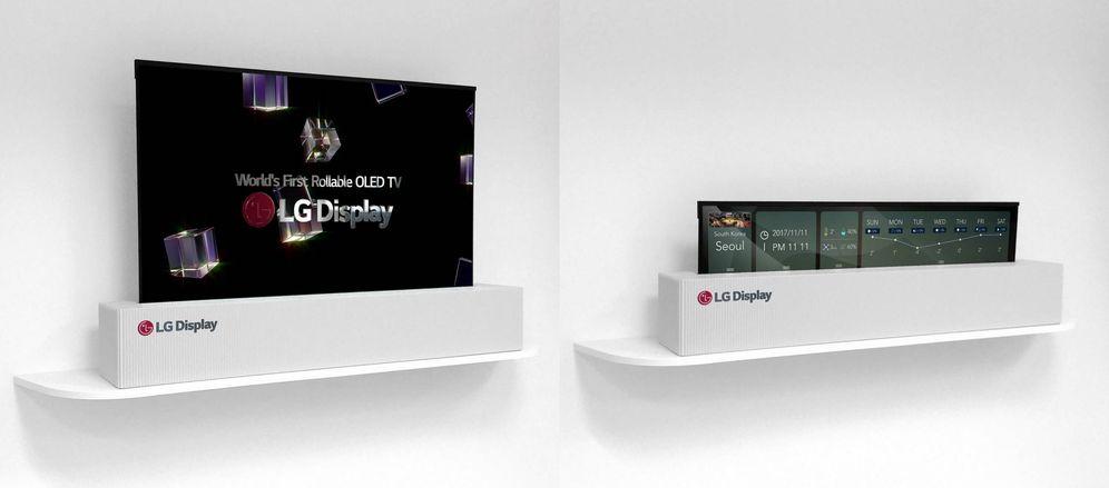 Foto: La nueva tele de 65 pulgadas de LG desplegada (izquierda) y enrollada (derecha)