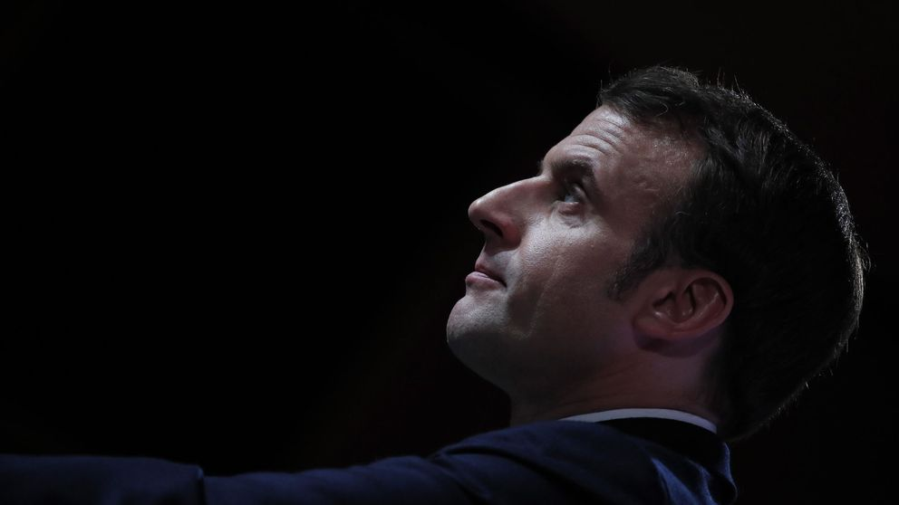 Vuelve el 'Macron Napoleón' y proyecta su sombra al Mediterráneo ante el vacío alemán