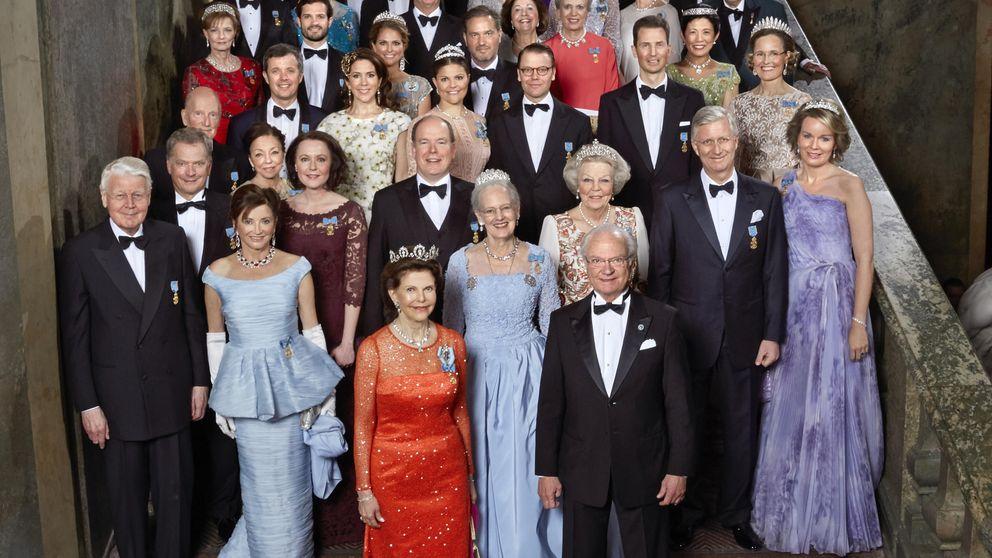 Ilustres invitados asisten a la cena ofrecida por el rey Carlos Gustavo de Suecia en su 70 cumpleaños