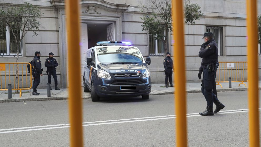 El juez deja en prisión a Junqueras, los 'Jordis' y Forn