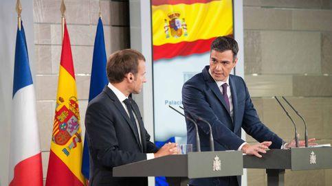 Guerra de propaganda entre Sánchez y Macron por el pacto del Aquarius