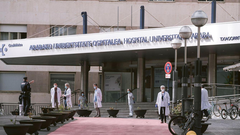El Covid golpea a un millar de sanitarios en Euskadi: suponen el 16% de los casos vascos