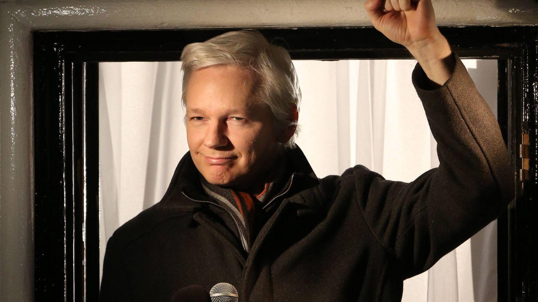 Assange en la embajada. (Getty)